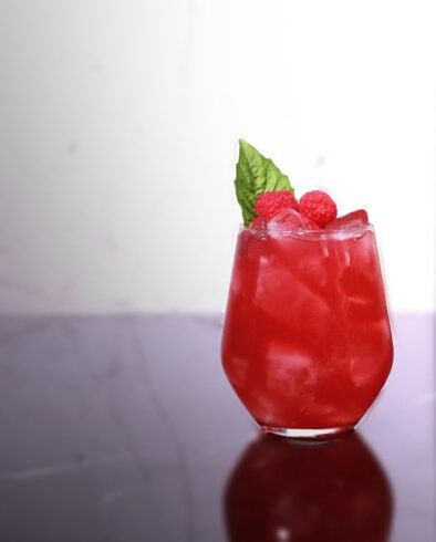 raspberry basil breeze